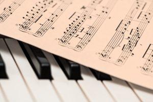 ピアノを習わせたいけれど